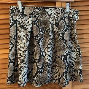 NWT Missguided snake print skirt.